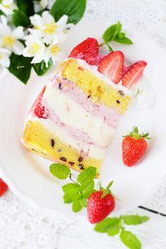 Spring Fruit & Cream Cake