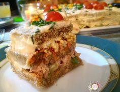 Pastel salado pan de molde integral atún corte
