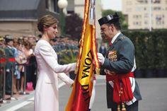 Vitoria, Mayo de 2015 Los looks de trabajo de la Reina Letizia: 2015 (Parte II) Vitoria, Mayo de 2015 Diseñado pro Felipe Varela exclusivamente para ella, fue el look que escogió para su gran día junto a Felipe VI.