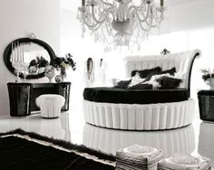 Black and white glam. Round bed!
