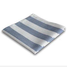 Stofftaschentuch modern, weich und robust aus Bio Baumwolle. Das Cotto Seemann ist ein blau-weiß gestreiftes Stofftaschentuch, weich und ökologisch hergestellt.