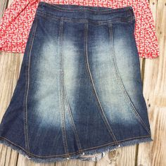 Guess Jeans? Great for your Butt 🍑 Jean Skirt 27 Guess Jeans? 100% cotton size 27 Jean skirt. It has a hidden side zipper. The skirt has great seam detail with a fringe hemline. It has denim wash on the front and back which really makes your butt standout. This skirt will make your butt look AMAZING! Guess Skirts