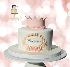 Gateau princesse couronne - Princess cake Qu'est-ce cual the malware Corona? Princess Theme Party, Princess Birthday, Girl Birthday, Tortas Baby Shower Niña, Baby Shower Cakes, Cake Designs For Girl, Cake For Boyfriend, Prince Cake, Cute Birthday Cakes