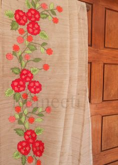 Embroidery saree by Maneeti. Hand Embroidery Patterns Flowers, Border Embroidery Designs, Hand Embroidery Dress, Embroidery Suits Design, Cutwork Embroidery, Embroidery Fashion, Machine Embroidery Designs, Cutwork Saree, Saree Painting