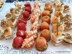 Party Canapes, Appetizers For Party, Appetizer Recipes, Diabetic Pecan Pie Recipe, Oktoberfest Food, No Cook Meals, Catering, Sushi, Herbalism