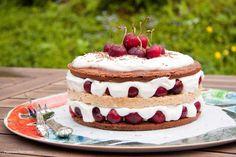 Cherry Chocolate Cake / Kirsikka-suklaakakku
