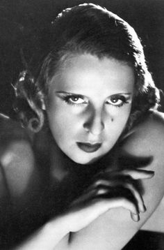 "Tamara de Lempicka (1898 – 1980) was a Polish Art Deco painter and ""the first woman artist to be a glamour star"""