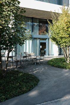 Café Bestuhlung, La Roche Patio, Outdoor Decor, Home Decor, Architecture, Decoration Home, Room Decor, Home Interior Design, Home Decoration, Terrace