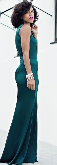 Emerald Gown Fall Cocktail Inspo #Fashionistas