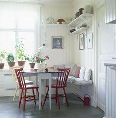 Johnér Bildbyrå AB 8 644 83 30 www. Scandinavian Benches, Scandinavian Kitchen, Scandinavian Style, Scandinavian Interiors, Kitchen Interior, Kitchen Design, Home Design, Interior Styling, Interior Design