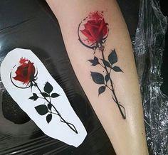 Samme Antunes rose tattoo