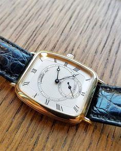 REPOST!!!  #Breguet ref.3015 in yellow gold spotted in the wild.  #dailywatch #watchporn #wristwatch #style #classicwatches #luxury #chronograph #watches #timepiece #wristwatch #milionaresclub #watchfam #wristcandy #dailywatch #wwatches #mondani #ro