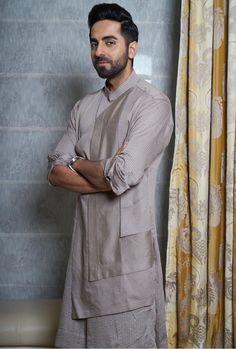Latest Kurta Designs, Mens Kurta Designs, Groom Dress, Men Dress, Boys Kurta Design, Indian Groom Wear, Indian Fashion, Mens Fashion, Western Suits