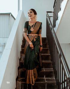 South Indian Wedding Saree, Indian Bridal Sarees, Indian Bridal Outfits, Indian Bridal Fashion, Indian Bridal Wear, Indian Fashion Dresses, Indian Designer Outfits, Tamil Wedding, Saree Fashion
