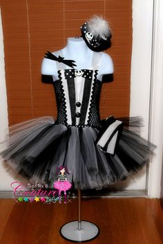 Hey, I found this really awesome Etsy listing at https://www.etsy.com/listing/199100999/jack-skellington-inspired-tutu-dress