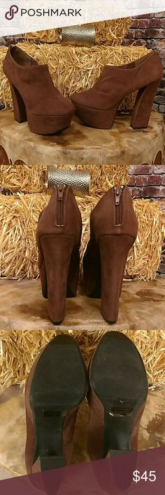 Killer Platforms Rock out in these awesome FRH platform heels. Faux brown suede bootie platform. Zip back. 6 inch heel, 2 1/2 inch platform. Size 10 FRH Shoes Platforms