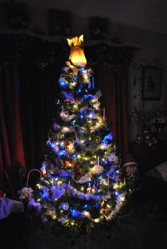 Okay, first off.. .Here is our Christmas tree for 2013