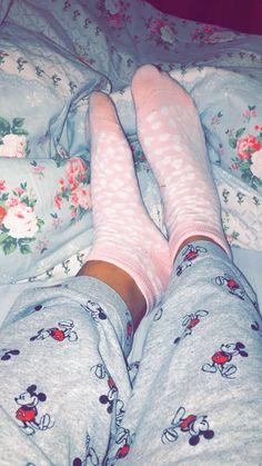 Dormir mickey rosa tumblr
