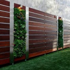 73 garden fence ideas for protecting your privacy in the yard : Front Yard Privacy Garden Fence Wood Steel Elements Vertical Garden Wall Modern Front Yard, Front Yard Design, Patio Design, Backyard Fences, Backyard Landscaping, Garden Fences, Garden Walls, Landscaping Ideas, Modern Backyard
