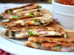 Pizzadillas - Super fast, easy and delicious! Will make this on a night where I don't have much time to cook again.