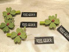 Glücksbringer, Kleeblätter mit Klammer und Schild   Viel Glück , 4 Stück