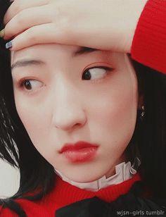 Xuan Yi, Cheng Xiao, Cosmic Girls, Aesthetic Gif, Bias Wrecker, Nayeon, Kpop Girls, Character Inspiration, Just In Case