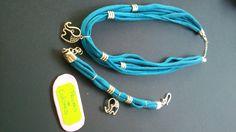 Conjunto de trapillo en color azul. Collar + pulsera