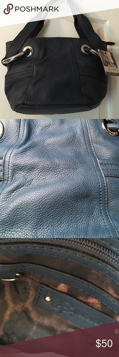 Selling this B Makowsky Navy Blue Hand Bag on Poshmark! My username is: ld_s. #shopmycloset #poshmark #fashion #shopping #style #forsale #B Makoswky #Handbags