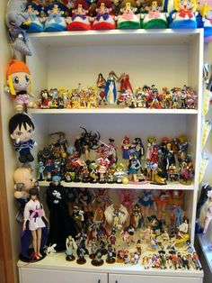 ♡ OTAKU PRIDE ♡ decorating in nerdy anime style~~ anime merchandise - anime figures - figure collections - plush toys - dolls - room decor - geek decorating - kawaii