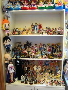 ♡ OTAKU PRIDE ♡ decorating in nerdy anime style~~ anime merchandise - anime figures - figure collections - plush toys - dolls - room decor - geek decorating - kawaii