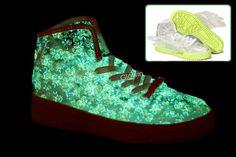 size 40 c6ba8 6d549 Adidas Jeremy Scott Wings Clear Rose Glow In The Dark
