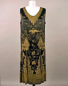 Gold Embroidered Art Deco Dress French, for Sale at Auction on Thu, - - Couture and Textiles 20s Fashion, Art Deco Fashion, Fashion History, Vintage Fashion, Egypt Fashion, Vintage Outfits, 1920s Outfits, Vintage Dresses, Historical Costume