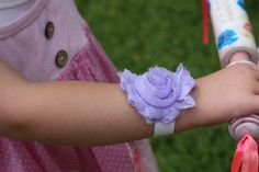 Flower BraceletAvailable in tons of colors and by PrincessCheeks, $5.00
