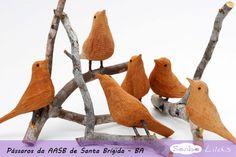 Artesanato Brasileiro: Pássaros de madeira de Santa Brígida – BA