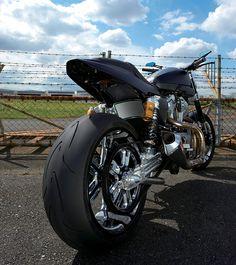 TRIJYA / Harley-Davidson 2010 XR1200