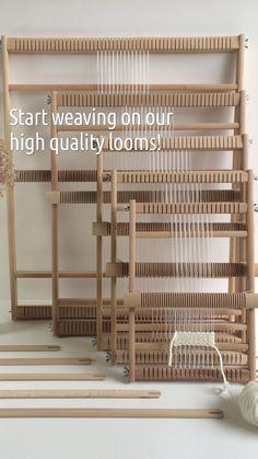 Weaving Loom Diy, Weaving Tools, Rug Loom, Weaving Projects, Hand Weaving, Weaving Textiles, Tapestry Weaving, Modern Tapestries, Wall Hanging Crafts