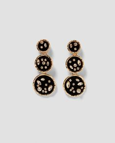 Discover the new ZARA collection online. Jewelry Design Earrings, Cute Jewelry, Statement Earrings, Women's Earrings, Women Jewelry, Women Accessories, Jewelry Accessories, Metal Necklaces, Jewels