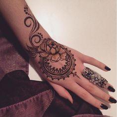 Beauty Mehndi & Henna Art