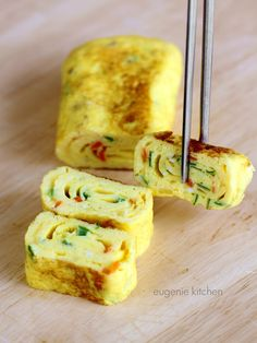 Learn to make an impressive side dish with a round pan. Egg Rolls Tamagoyaki Recipe - Eugenie Kitchen