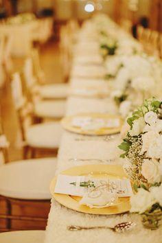 Photography by Jonathan Ong (http://www.jonathanong.com/) | Flowers & Décor by Nahara (https://www.facebook.com/NBEMenterprise/) | Venue at Enderong Resort, Tanarimba, Janda Baik, Malaysia (https://enderong.wixsite.com/enderongresort).
