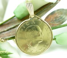 Italian 200 Lire Coin Pendant Gold Filled Bezel Link Chain Necklace