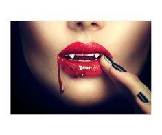 Kobieta wampir z ustami we krwi, Obraz na płótnie - Canvas | Internetowy sklep z obrazami Feeby.pl