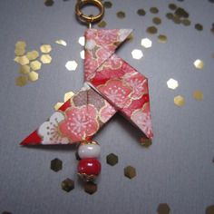 Pendentif cocotte en origami de papier japonais rouge
