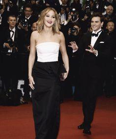 Jennifer Lawrence & Sam Caflin 2013