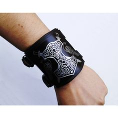 Thors hammer Viking leather bracelet, Viking leather wristband ,Viking... (250 BRL) ❤ liked on Polyvore featuring jewelry, bracelets, leather cuff bracelet, leather bangle, armband bracelet, leather jewelry and leather bracelet