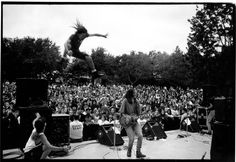 Pearl Jam 1991 through the eyes of Lance Mercer.  Amazing photographer!!
