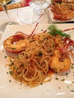 """Restaurant Le Nasse, Reggio Calabria, Typical dish """"Spaghetti al Astice"""" www.ubais.it"""