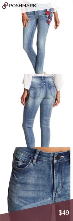 Ban.jara embroidered jeans Details - Zip fly with button closure - 5 pocket construction - 2 slash pockets - 2 back patch pockets - Floral embroidery detail - Whiskering on thighs  - Fading on front and back (ban.jara) Jeans Skinny