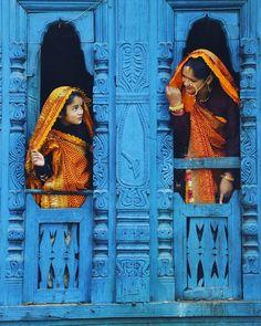 Cultural destinations in Norteast India. - Cultural destinations in Norteast India. Check out this compr - India Street, Northeast India, Amazing India, India Culture, Blue City, Rajasthan India, Jaipur, India Asia, Picture Credit