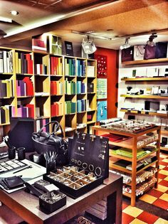Bookbinder Design store in Geneva